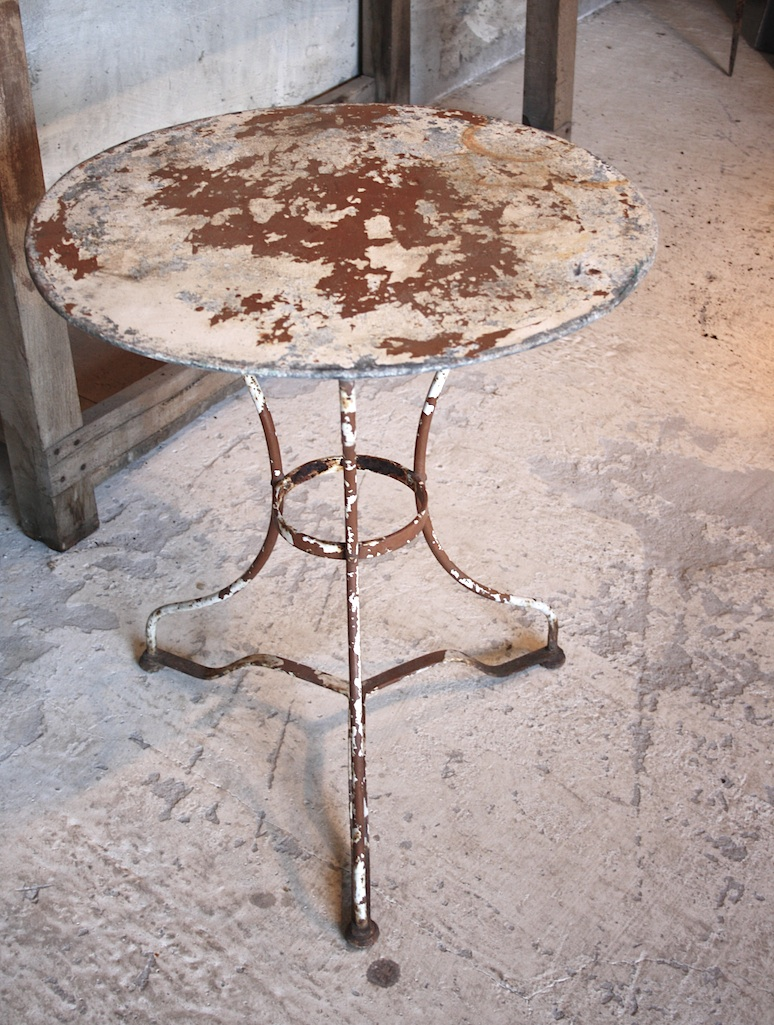 Incredible 19/032 Round Metal Bistro Table 774 x 1025 · 329 kB · jpeg