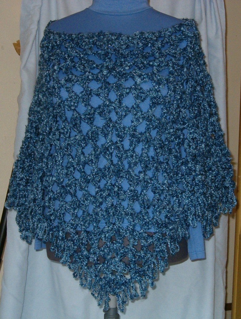 TRIANGLE CROCHET PONCHO PATTERN