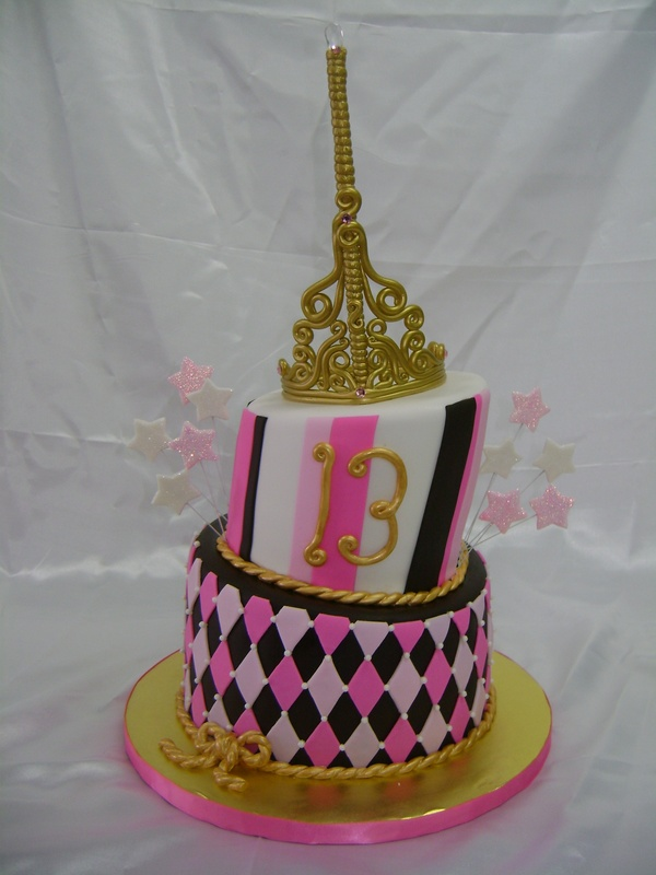 Topsy Crown - Specialty Cakes and Desserts