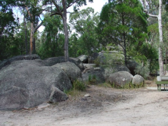 girraween national park sits on the queensland and new. Black Bedroom Furniture Sets. Home Design Ideas