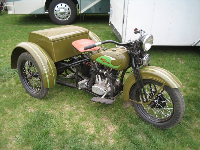 1933 Servi-car Olive Green