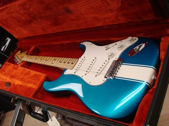 /gallery/project/1963_HiFi_Turquoise/Guitar/img01.jpg!