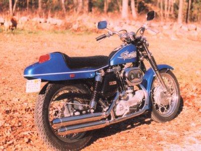 Finished 1970 boattail sportster XLH Hi-Fi Blue.