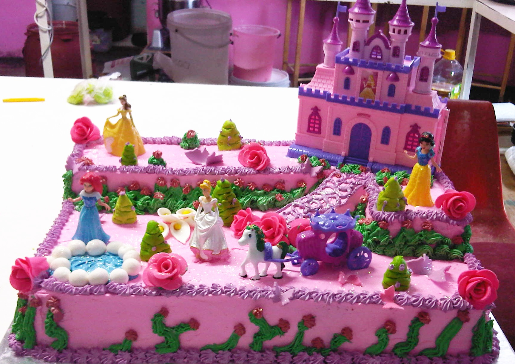how to make a disney princess castle cake