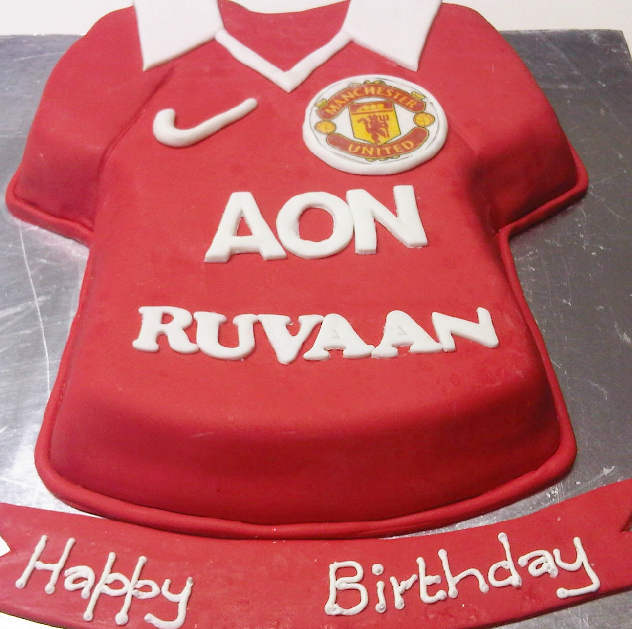 Manchester United T Shirt Cake