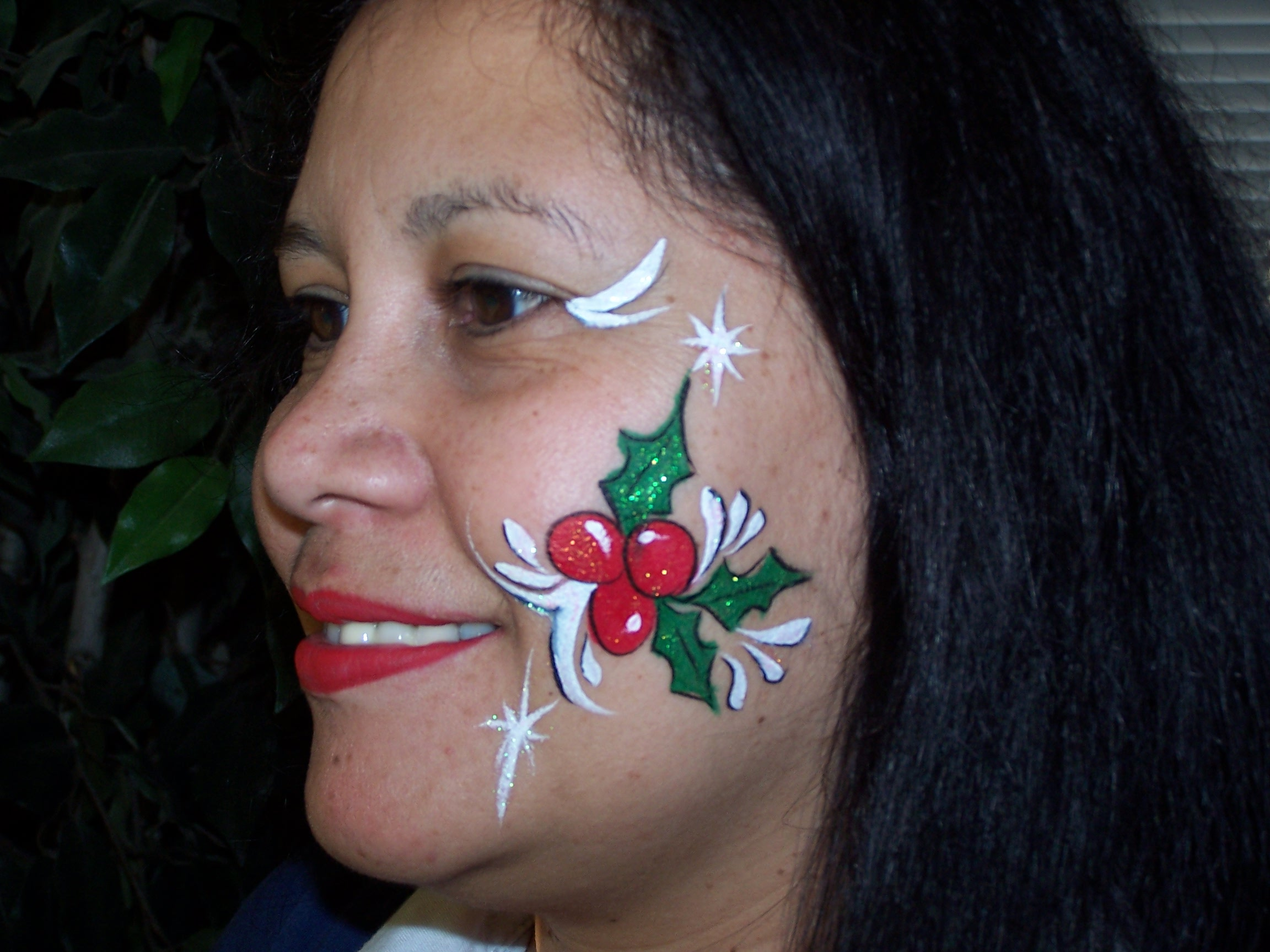 pictures joyful faces face painting entertainment