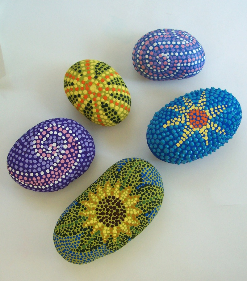 Dot art flower stone for Colored stones for crafts