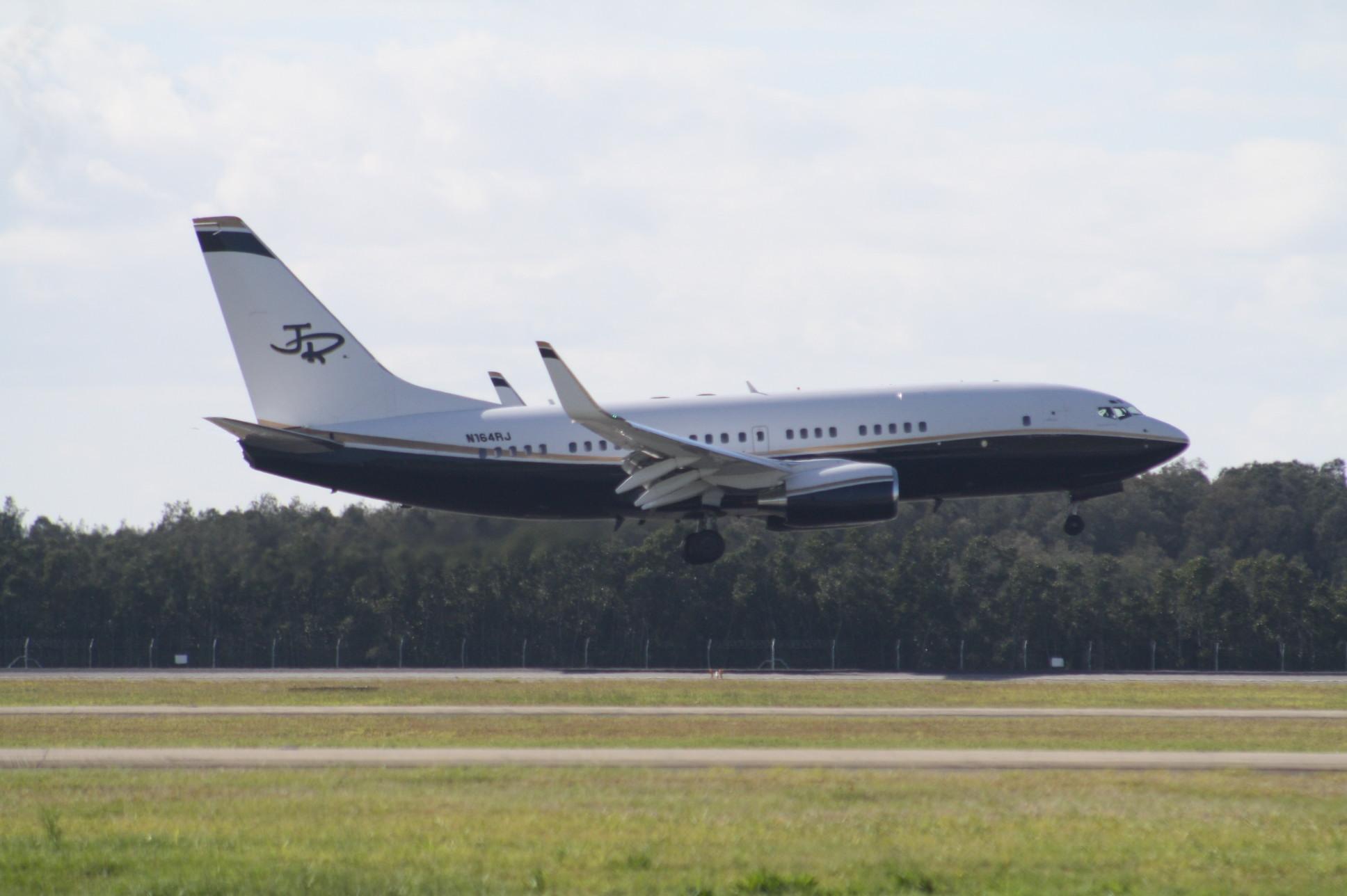 Tiger airways resume gold coast