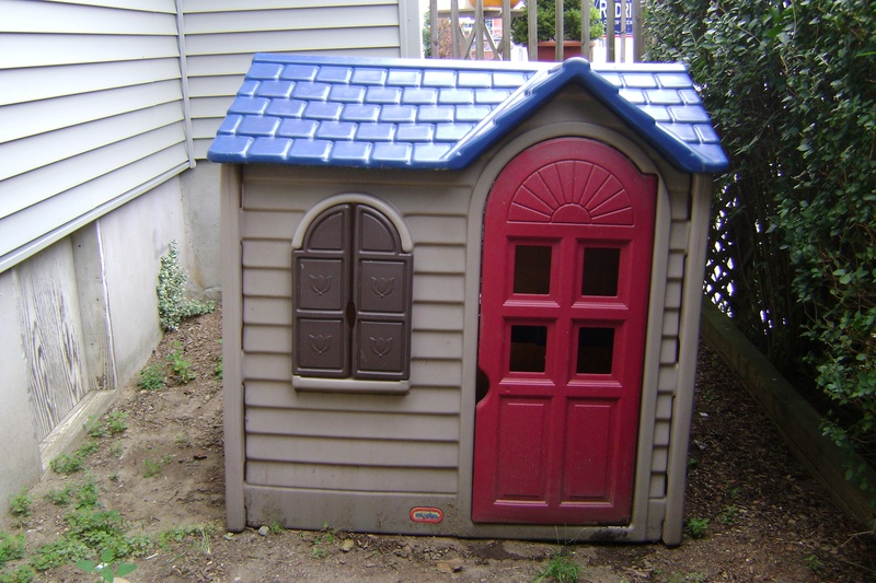 Used Little Tikes playhouse with a few accessories. Pre-Owned. $ or Best Offer. Free Shipping. Little Tikes Playhouse. Pre-Owned. out of 5 stars. 9 product ratings - Little Tikes Playhouse. $ Free local pickup. or Best Offer. new & refurbished from $