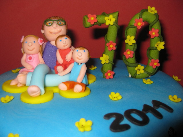 Custom Cake Topper With Grandma And Her 3 Grandchildren