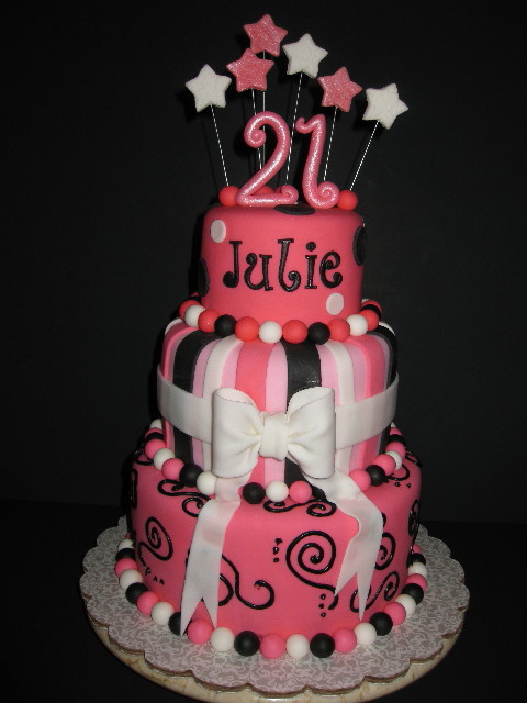 Julie 39 s 21st birthday cake for 21st birthday cake decoration ideas
