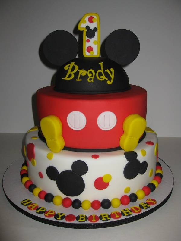 Brady s 1st Birthday Mickey Mouse Cake  amp  Smash CakeMickey Mouse 1st Birthday Cupcakes