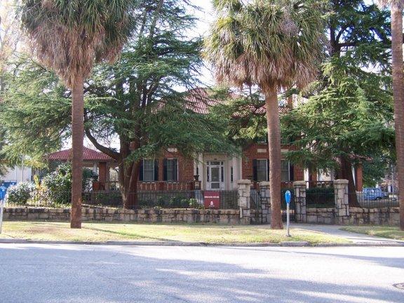 Bates house usc layout